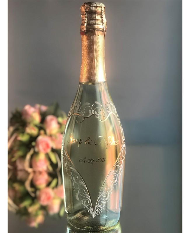 Champagne bottle C0030