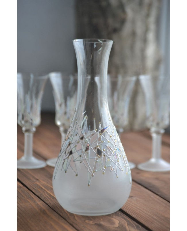 Aperatif glasses set with a decanter