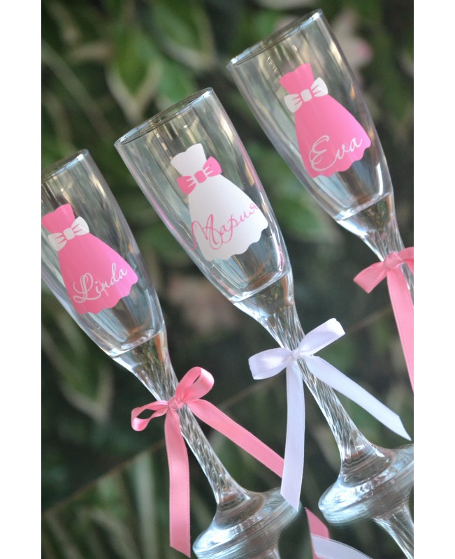Stickers for bridesmaid glasses DIY6
